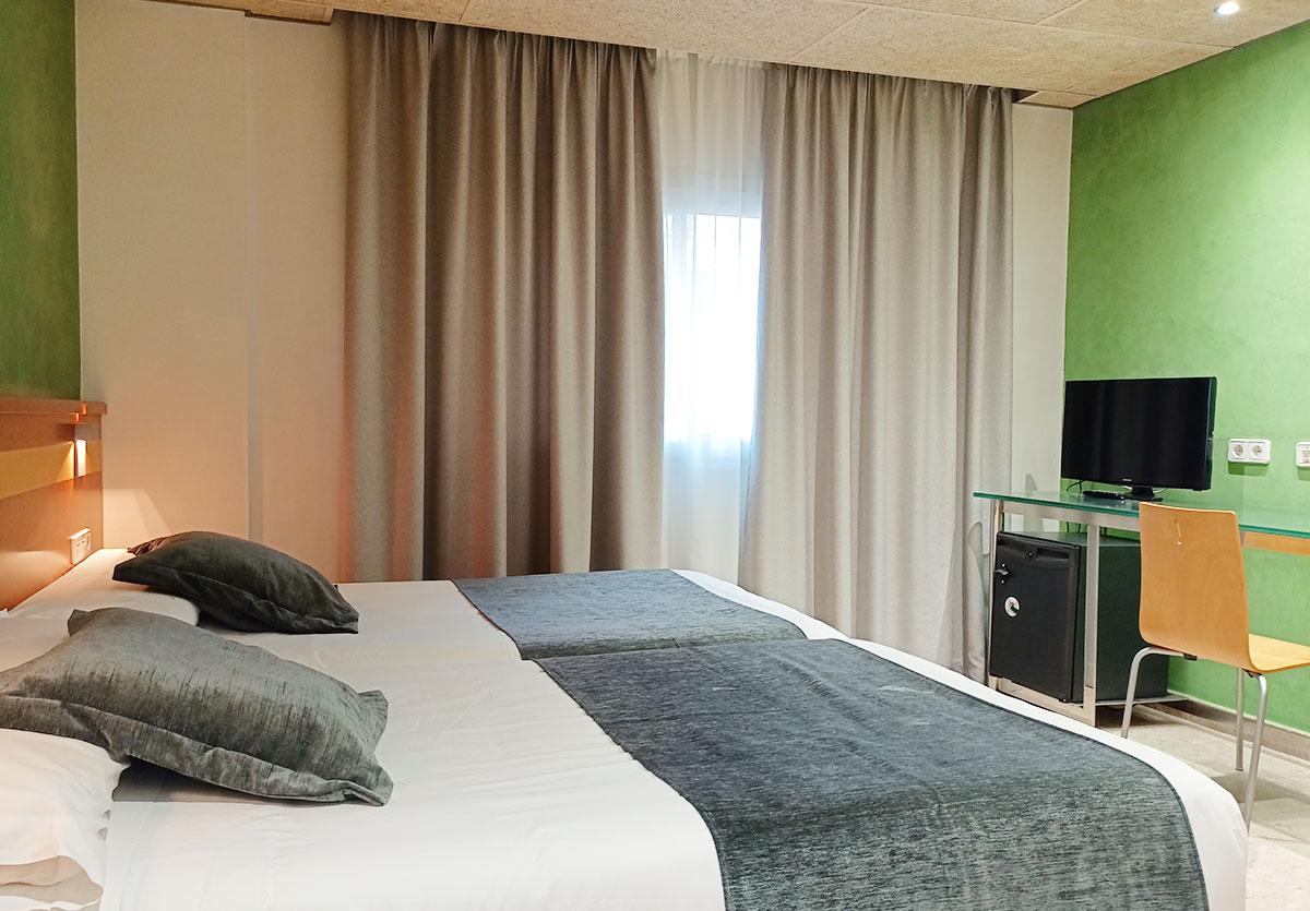 Hotel IRIS Barcelona Granollers habitación doble