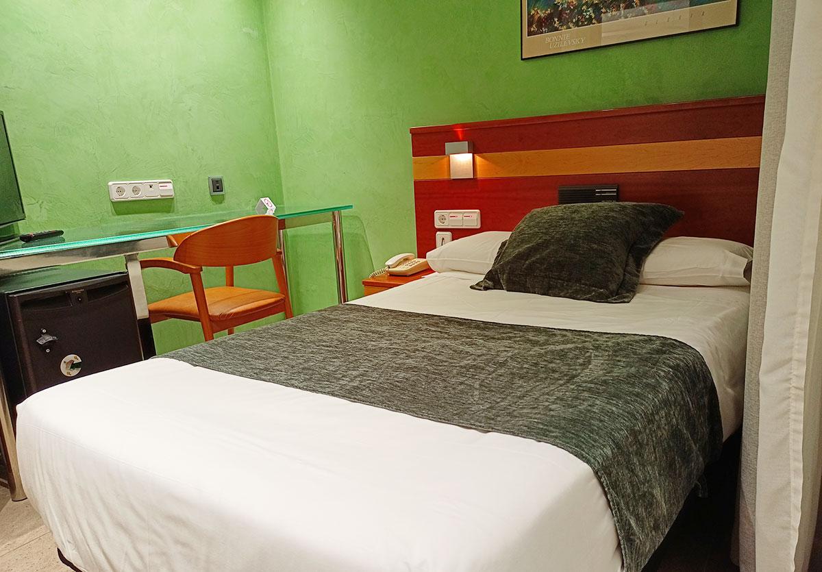 Hotel IRIS Barcelona Granollers habitación individual